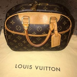 CERTIFIED AUTHENTIC LV Trouville